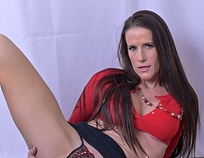 SofieMarieXXX/WW Red Black Knickers Skirt